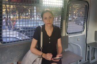 Анастасию Удальцову задержала полиция перед встречей с избирателями